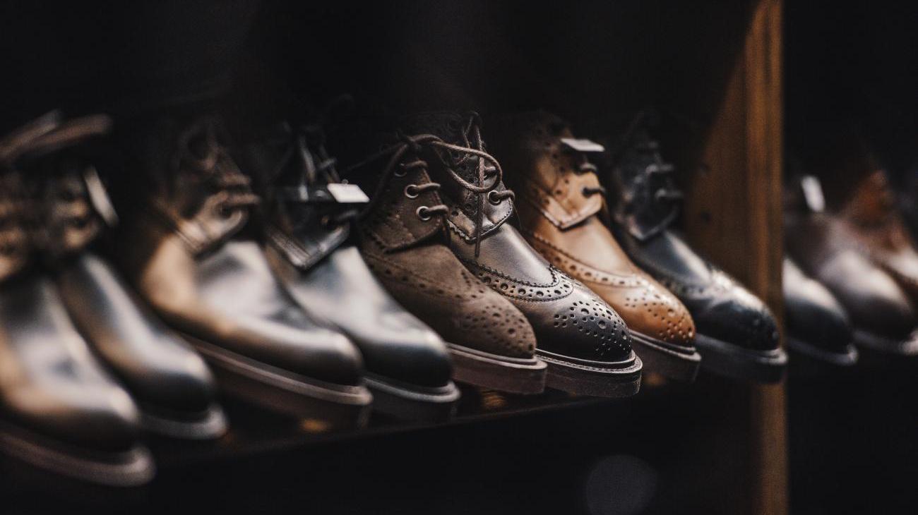 low priced 5f4cb 45029 LLOYD Shoes Traditioneller Schuhhersteller auf GRUPPENREISEN.COM