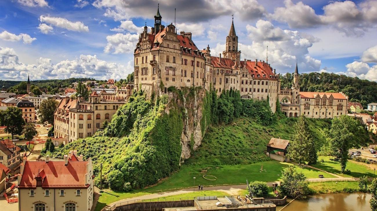 Hohenzollern Schloss Sigmaringen Ein Prachtvolles Kulturdenkmal Auf Gruppenreisen Com